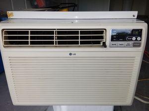 LG window AC unit 10000-btu for Sale in Spring Hill, FL