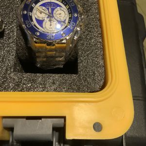 Invicta Blue Face Stainless Steel Watch for Sale in Sloan, NV