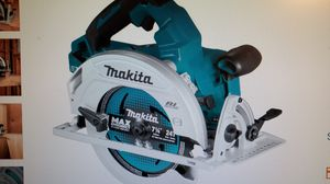 Makita 36-Volt 7-1/4 in Brushless Circular Saw (Tool-Only) for Sale in Modesto, CA