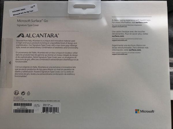 NWOT Microsoft Surface Go Signature Type Cover in Platinum