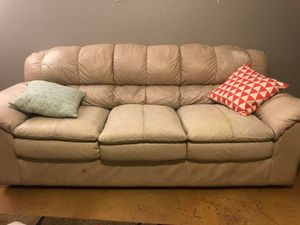 White leather couch & love seat for Sale in Seguin, TX