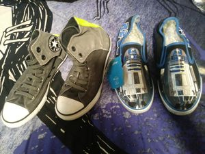 kids converse shoes size 4 for Sale in Austin, TX