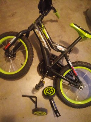 Bicycle with training wheels for Sale in Portland, OR