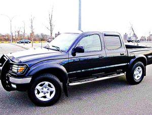 ֆ14OO 4WD Toyota Tacoma 4WD for Sale in Santa Ana, CA