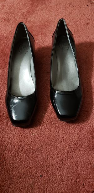 Black Wedge Heel Dress Shoe ‐ Life Stride, Simply Comfort for Sale in Joppa, MD