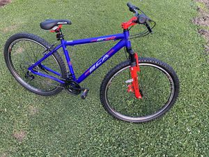"29"" mountain bike for Sale in Clayton, NC"