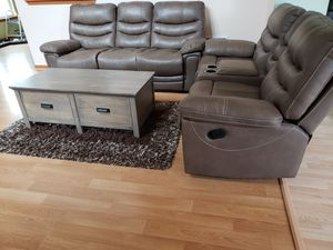 Beautiful Living Room Reclining Sofa Set with Coffee Table for Sale in Romeoville, IL