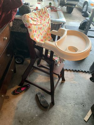 High chair for Sale in Katy, TX
