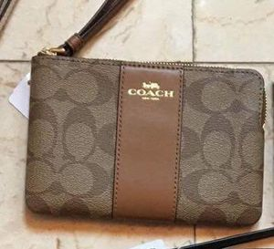 Brand New Coach Wristlet for Sale in Philadelphia, PA