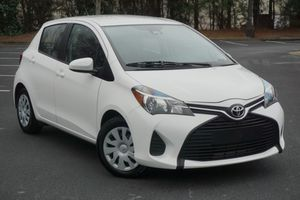 2017 Toyota Yaris LE 5-Door AT for Sale in Union City, GA