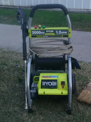Pressure washer for Sale in Clovis, CA