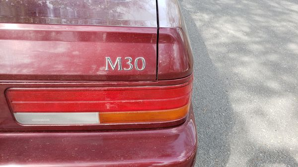 1990 Infiniti M30