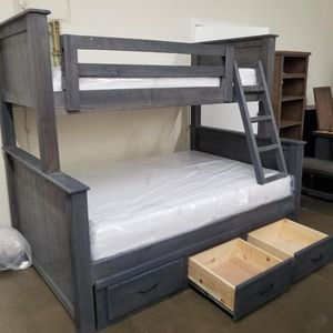 BUNK BED TWIN OVER FULL W/ DRAWERS for Sale in Cerritos, CA