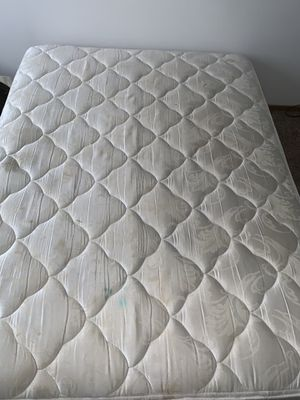 Full size mattress and double box spring for Sale in Westerville, OH