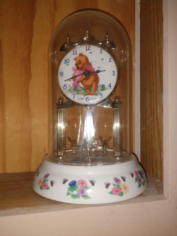 Antique Winnie the Pooh clock