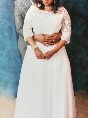 Half sleeve princess lace wedding dress for Sale in Alexandria, VA