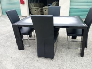 New black dining set/4 leather chairs for Sale in Stone Mountain, GA