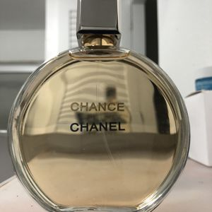 New Chance Parfum Gold 3.4oz Perfume for Sale in Los Angeles, CA