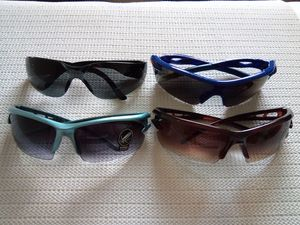 4 Pairs Sunglasses for Sale in San Diego, CA
