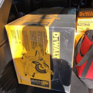 "NEW Dewalt 12"" Double Bevel Sliding Compound Miter Saw for Sale in Staten Island, NY"