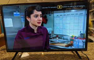 """TCL 32"""" ROKU TV 165026-1 for Sale in Goodyear, AZ"""