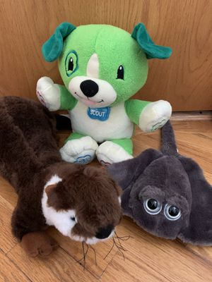 Stuffed Animals : Talking Scout with Batteries, Otter& Stingray , Clean, Like New for Sale in Beaverton, OR