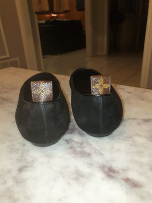 Authentic Louis Vuitton Suede Flats with LV monogram on tab for Sale in Duncanville, TX