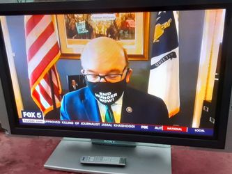Sony 42 Inches TV With Remote Control And HDMI Port for Sale in Washington,  DC