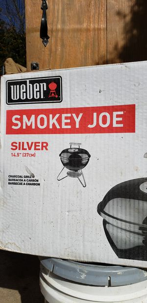 Charcoal grill Weber for Sale in Wheaton-Glenmont, MD