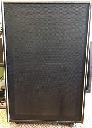 Traynor YT-15 Bass Amp Cabinet for Sale in Salem, NH