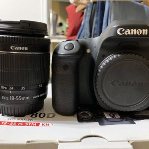 Canon 80D With 18-55mm Lens. for Sale in Orange, CA