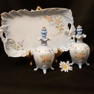 Vintage Porcelain Dresser Set for Sale in Mesa, AZ