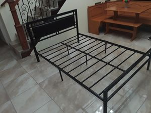 Full size bed frame like new for Sale in Mercedes, TX