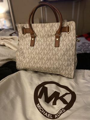 Authentic Micheal Kors Handbags for Sale in Chicago Heights, IL