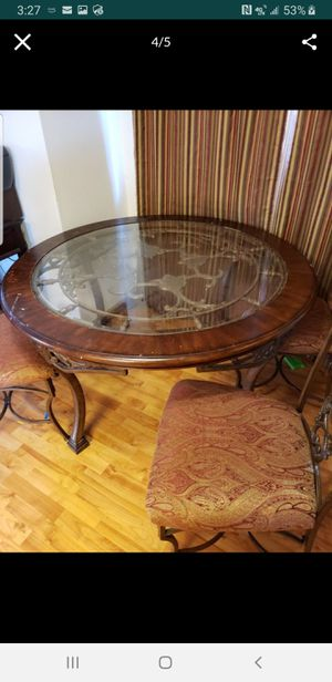 Kitchen table for Sale in Arlington, WA