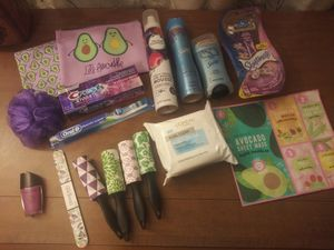 Let's Avo-cuddle Health & Beauty Bundle for Sale in Columbus, OH