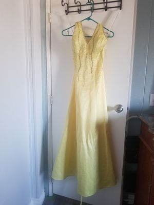 Beautiful prom dress for Sale in Ontario, CA