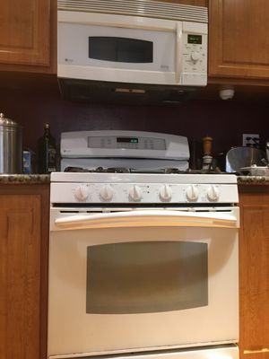 GE Profile Convection oven/microwave and matching GE profile stove with 2 ovens! for Sale in Fremont, CA