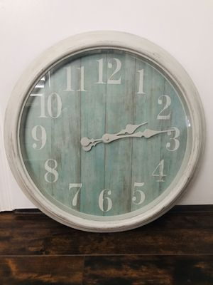 "22"" large clock, bought it never use. for Sale in Gilbert, AZ"