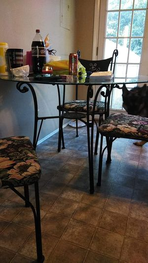 Dining table and chairs for Sale in Mulvane, KS