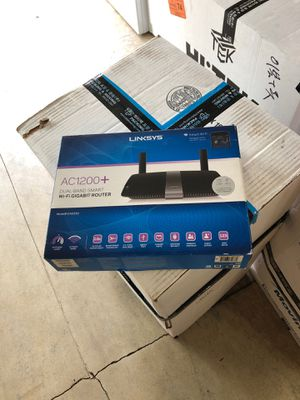 New!! Linksys ac1200+ dual band smart WiFi Gigabit router for Sale in Portland, OR