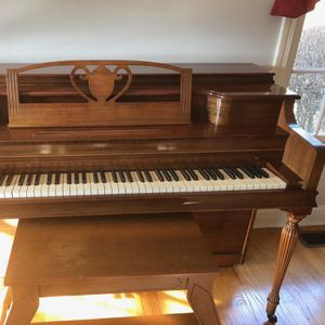 Janssen Piano for Sale in Trumbull, CT