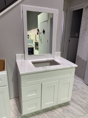 "36"" Single Sink Solid Wood Bathroom Vanity Cabinet with Custom Made Quartzite Countertop New pc for Sale in Fairfax, VA"