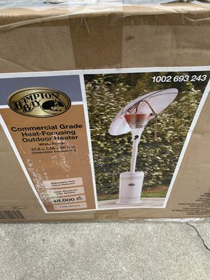 Patio Heater 48,000 BTU, commercial grade. NEW in the box. for Sale in Watsonville, CA