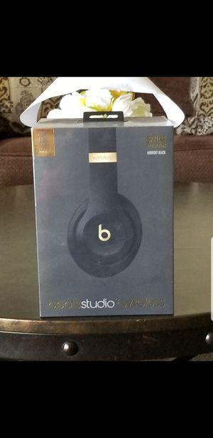 Beats by Dr; Studio 3 Wireless Headphones for Sale in Riverside, CA