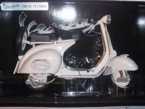 1955 VESPA 150 VL 1T by New-Ray Italia SRL - Die-Cast Model - $55 (Burke Fairfax) for Sale in Fairfax, VA