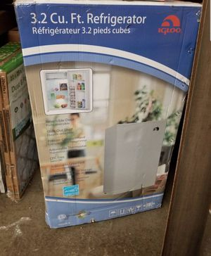 New 3.2 cu ft Igloo Refrigerator, Retail $150!!!! - $75 (4322 calumet ave Hammond In) for Sale in Chicago, IL