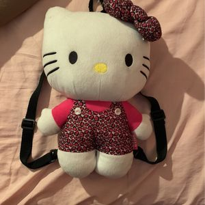 Hello Kitty Backpack 🎒 for Sale in Dinuba, CA