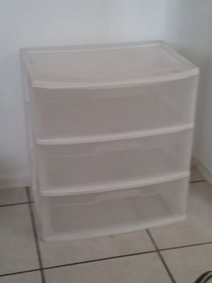 Big Plastic Drawer(No Wheels) for Sale in Highland, CA