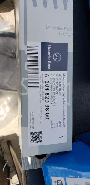 Mercedes windshield wiper blade for Sale in Austin, TX